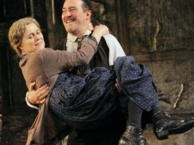 Sinead Cusack and Ciaran Hinds in Juno and the Paycock