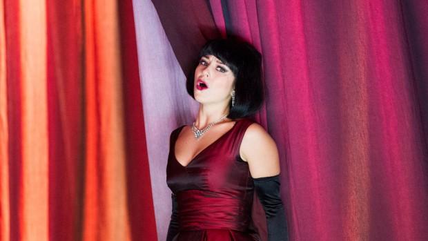 Corinne Winters in La Traviata
