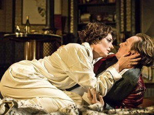 Anna Chancellor and Toby Stephens in Private Lives. Photo: Johan Persson
