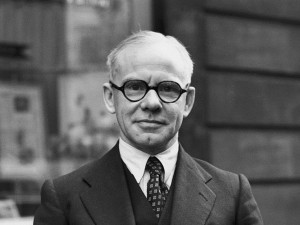 Critic Harold Hobson