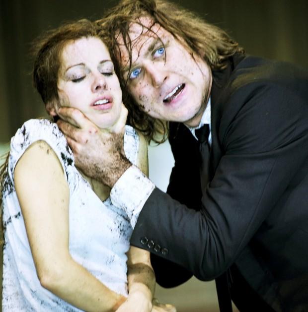 Judith Rosmair and Lars Eidinger in Hamlet. Photo: Arno Declair
