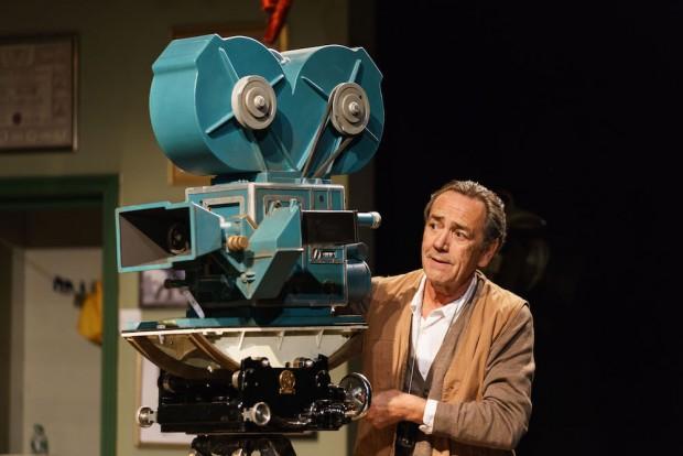 Robert Lindsay in Prism. Photo: Manuel Harlan