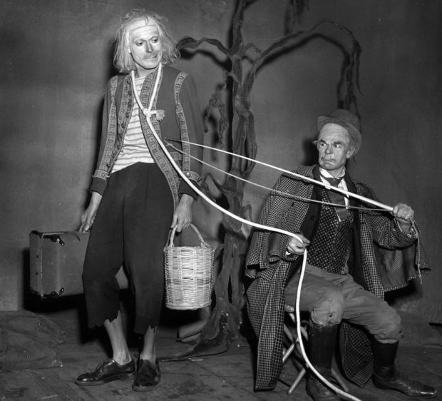 Jean Martin and Roger Blin in the premiere of Samuel Beckett's En attendant Godot, Paris, 1953.